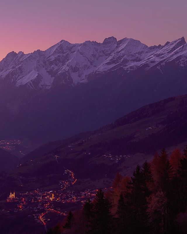 Last light of the day over #Fliess . Backdrop #lechtaleralpen #visittirol #visitaustria #tirolwest #dawn
