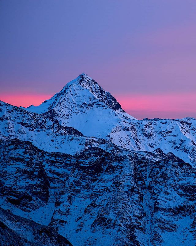 #bliggspitze in the last light of the day. colors were insane 🌋 #sunset #tirol #tiroleroberland #kaunertal #neverstopexploring #visittirol #