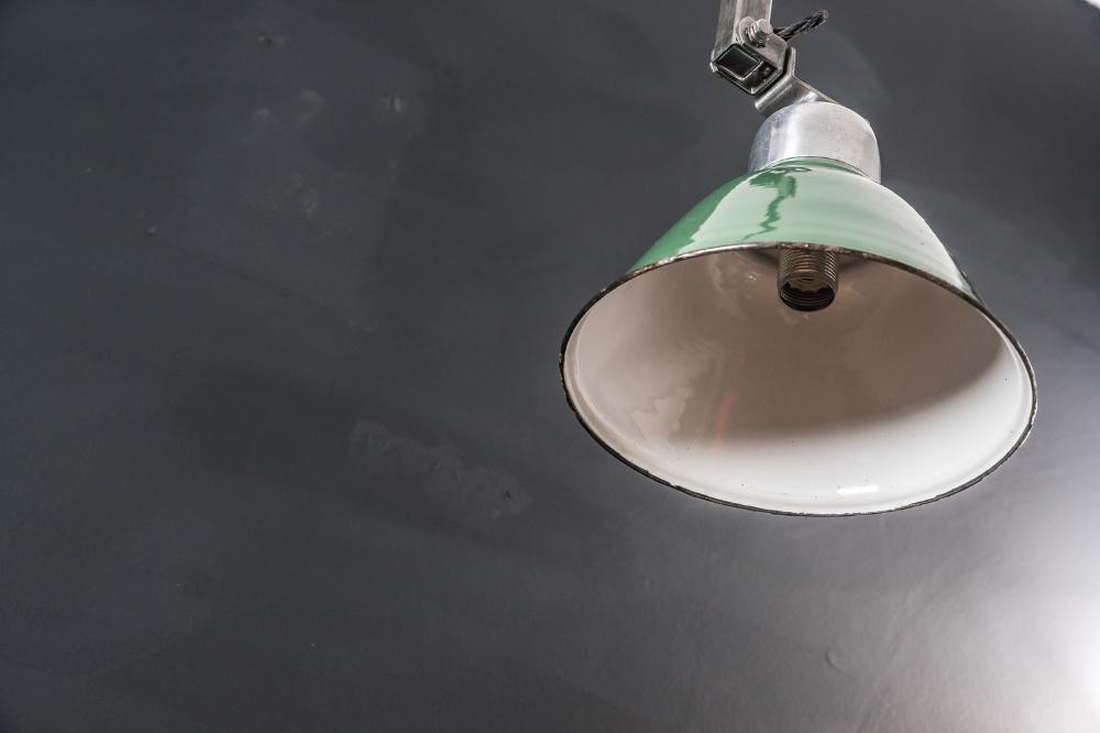 Floor Standing Machinist Lamp 02.jpg