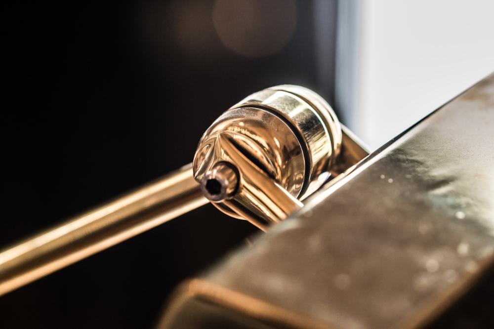 Brass Desk Lamp on Slate Base 01.jpg