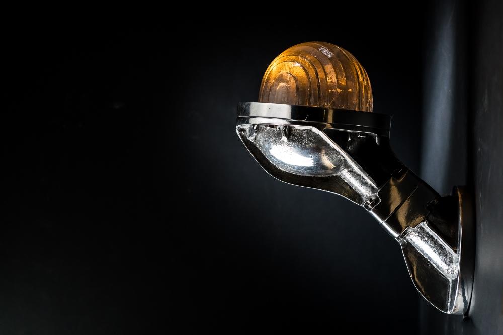 Steel Victor Uplighter: Downlighter Wall Light 04.jpg