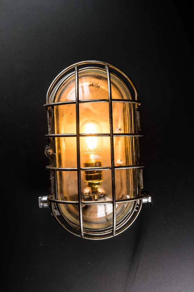Large Vintage Bulkhead Wall Light 01.jpg