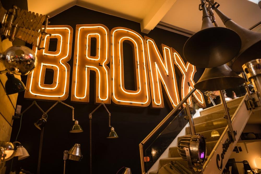 Bronx Neon Sign 03.jpg