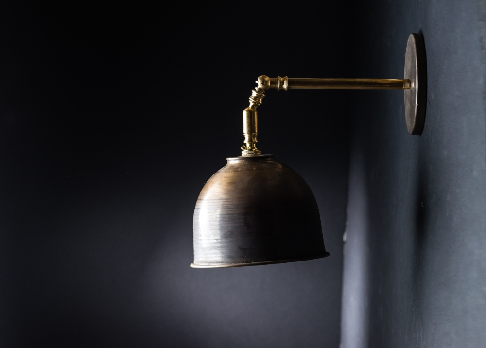 Vintage Bronze Wall Light 02.jpg
