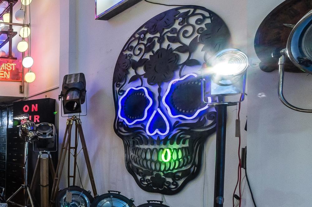 Laser Cut Skull with Neon 03.jpg
