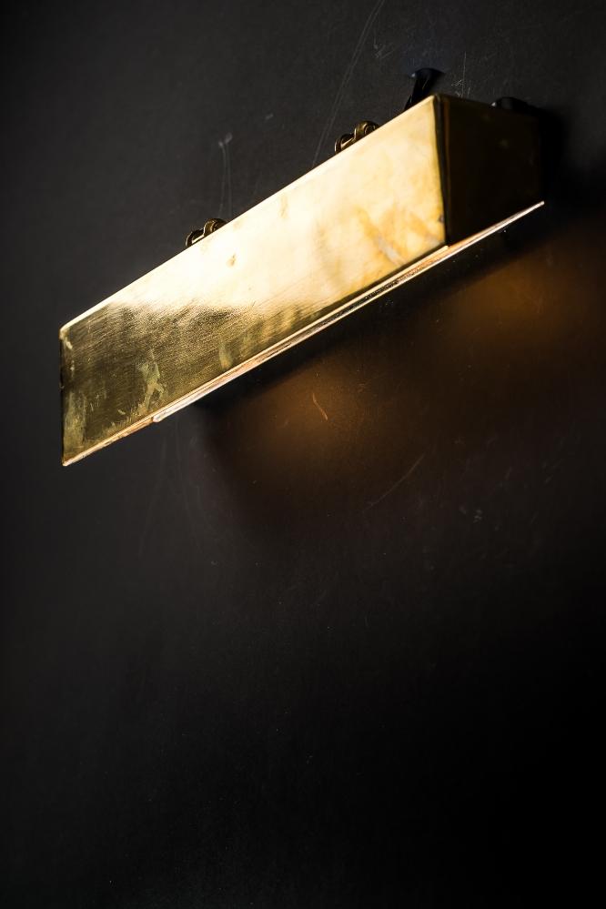 SS France Brass Wall Light 01.jpg