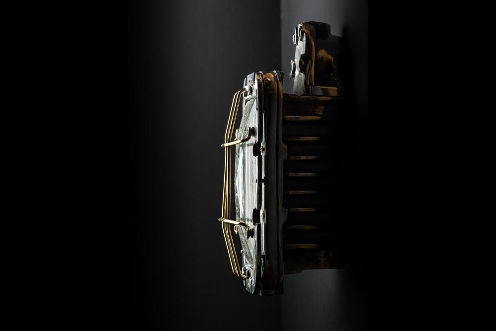 XXL Bulkhead Wall Light 01.jpg