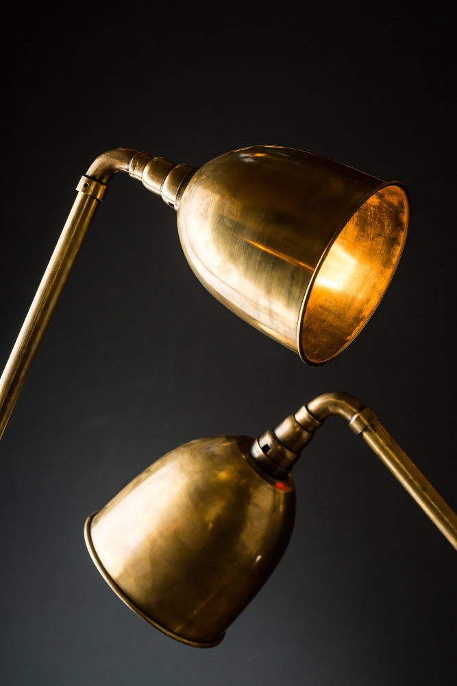 Vintage articulated brass floor lamp 01.jpg