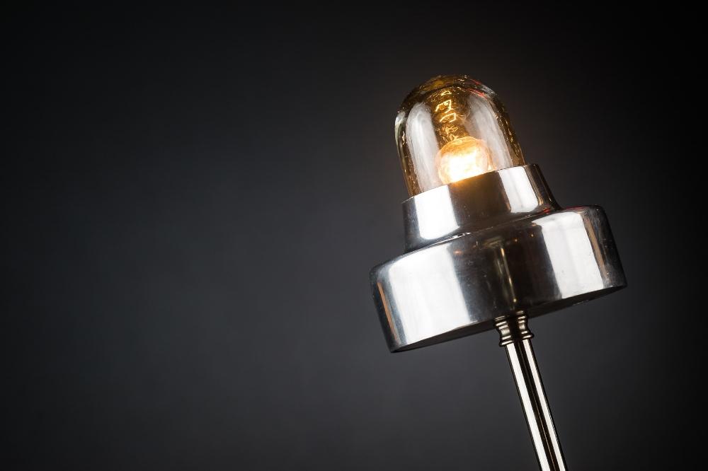 Aluminium:steel table:bar top lamp 01.jpg