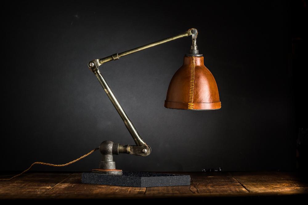 Hand+Moulded+Leather+Desk+Lamp+03.jpg