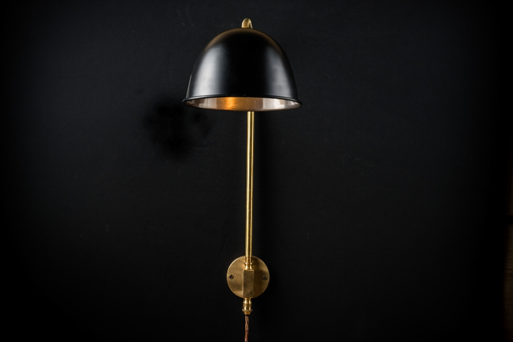 black and brass adjustable wall light04.jpg