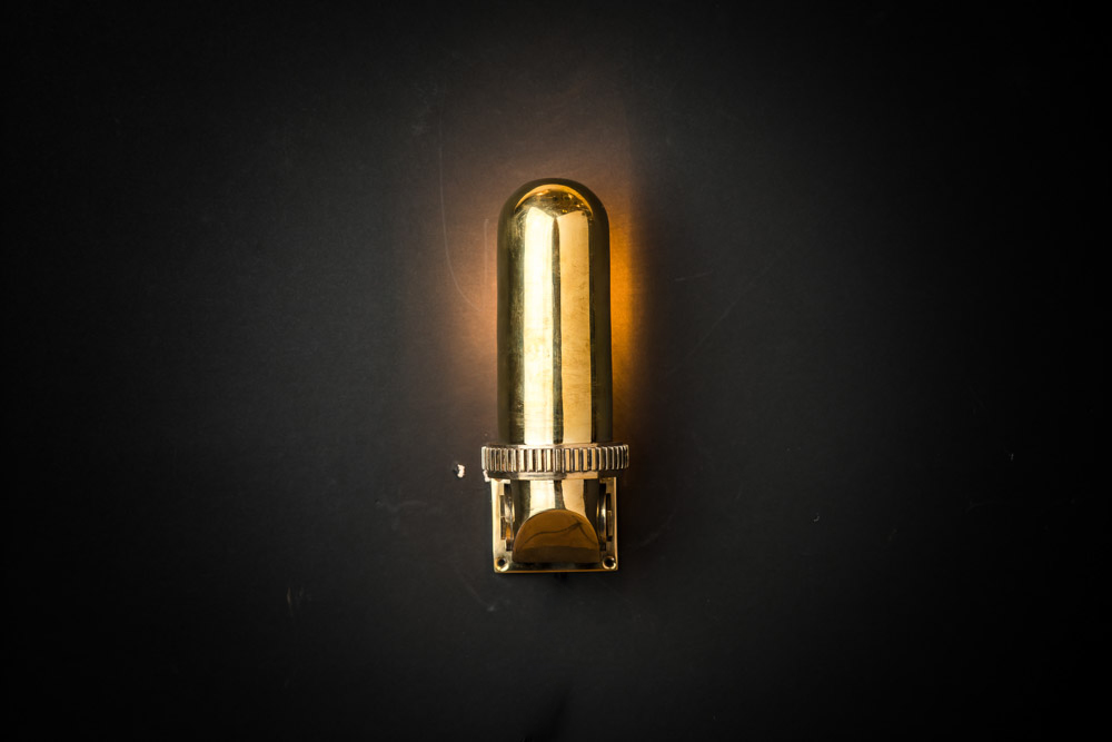VINTAGE_BRASS_SWIVEL_SHADE_CABIN_LIGHT_03.jpg