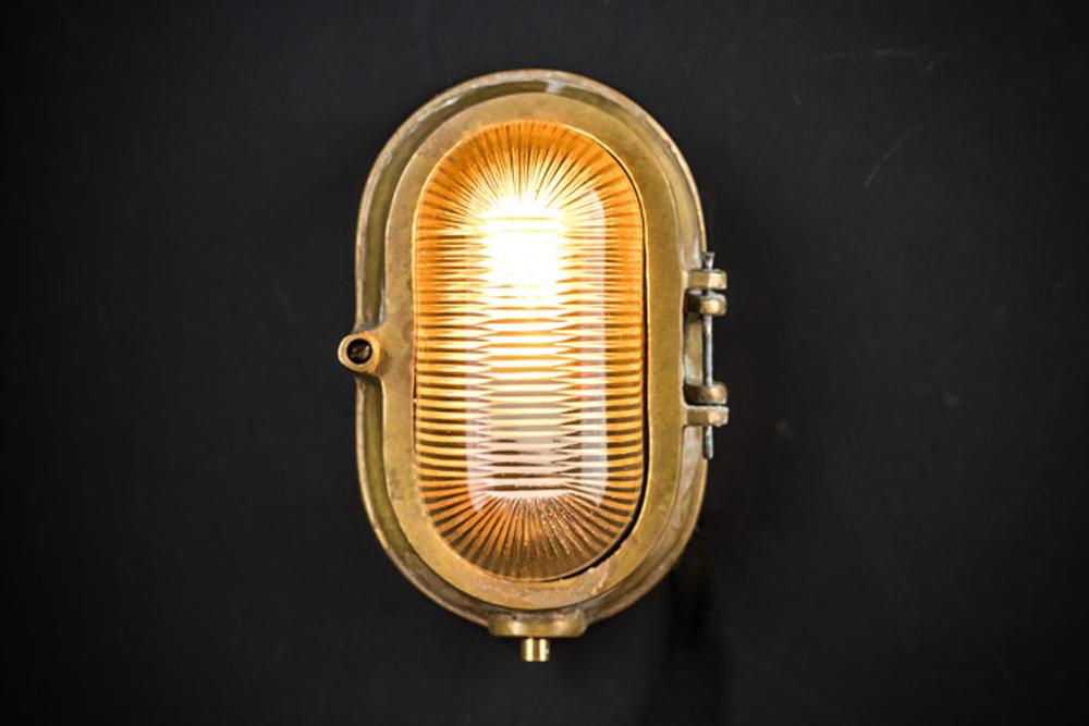 aged brass prismatic bulkhead02.jpg