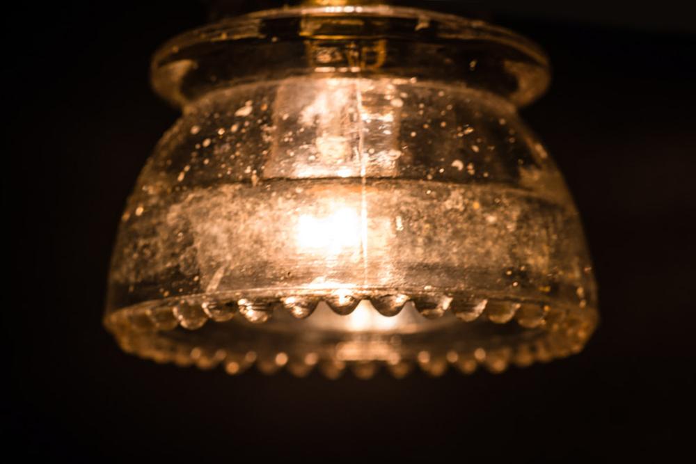 Brass armed insulator glass wall light08.jpg