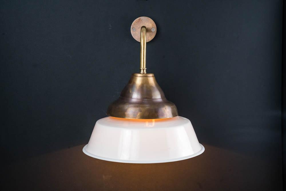 Frederick+bone+china+wall+light.jpg