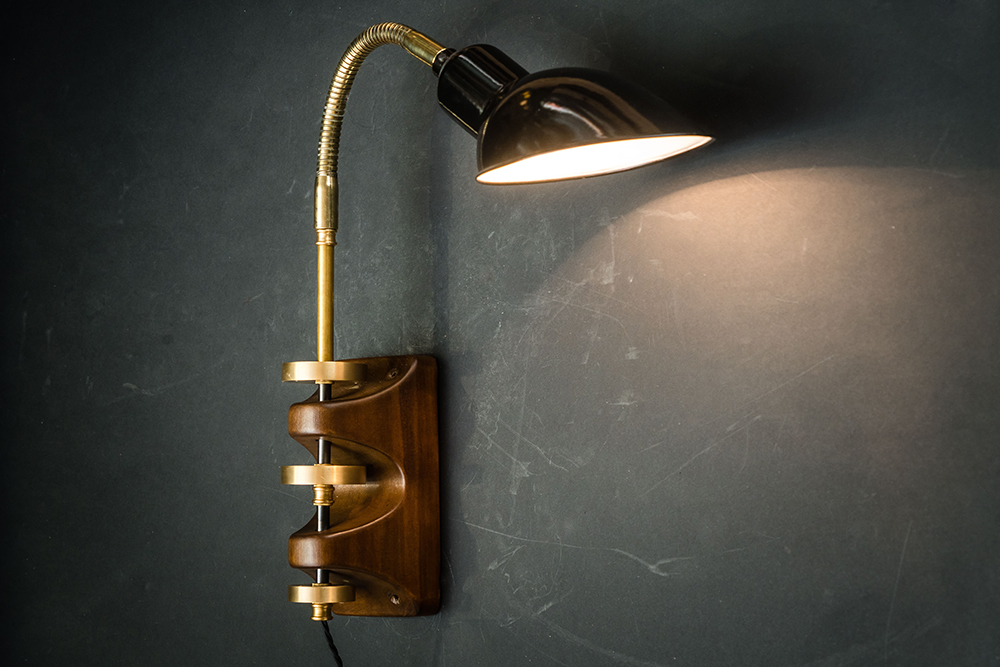 Archer wall light 05.jpg