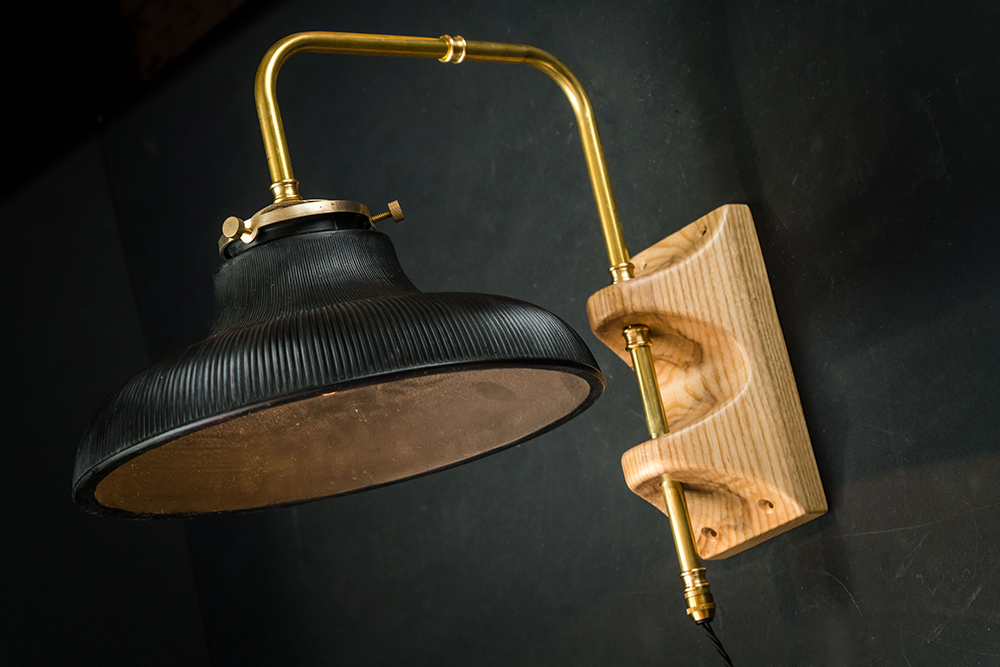 Carter wall light 02.jpg