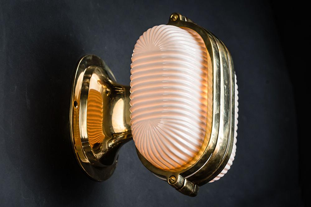 Henley brass and bone china wall light 02.jpg