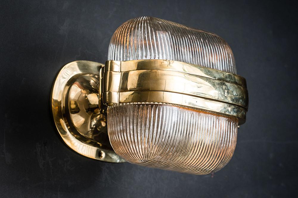 Henley brass and prismatic glass wall light 04.jpg