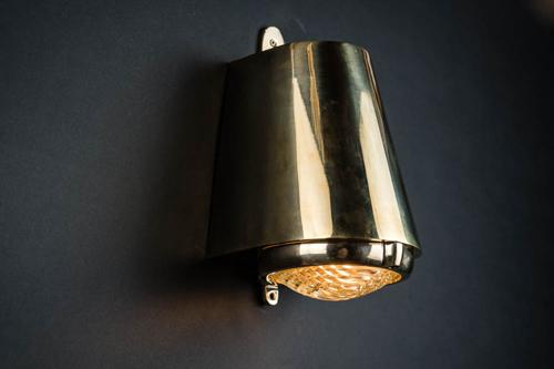brass mast light 03.jpg