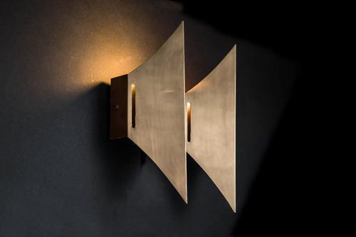 Nazgul wall light 02.jpg