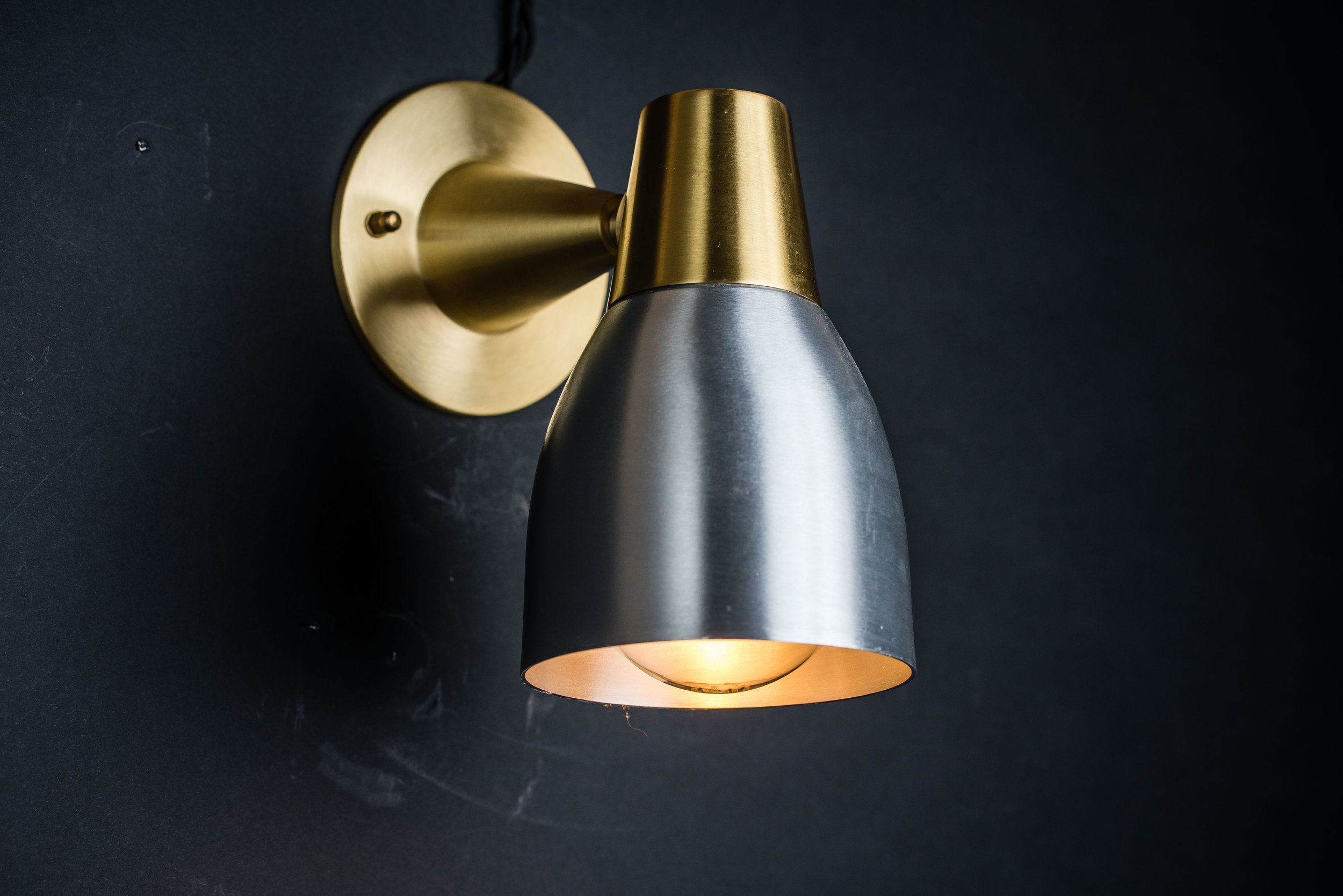 Felix Original Aluminium & Brass Wall Light 02.jpg
