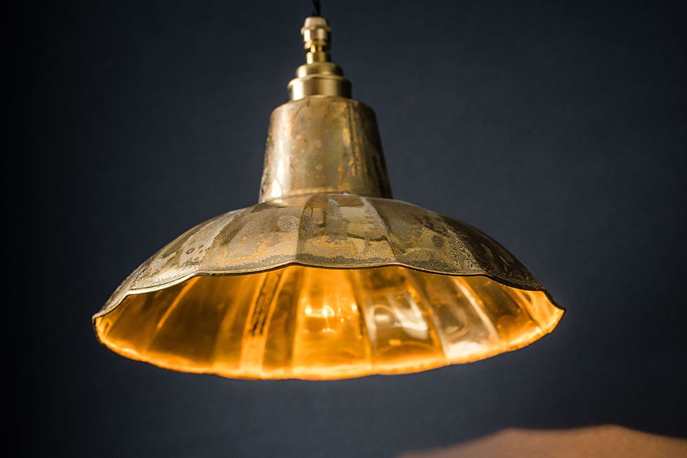 aged brass crimped pendant 03.jpg