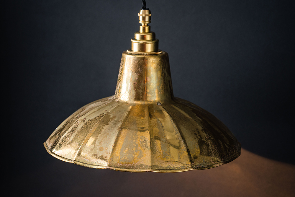 aged brass crimped pendant 02.jpg