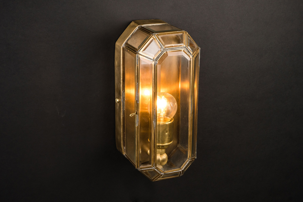 medium old english brass lozenge wall light 03.jpg