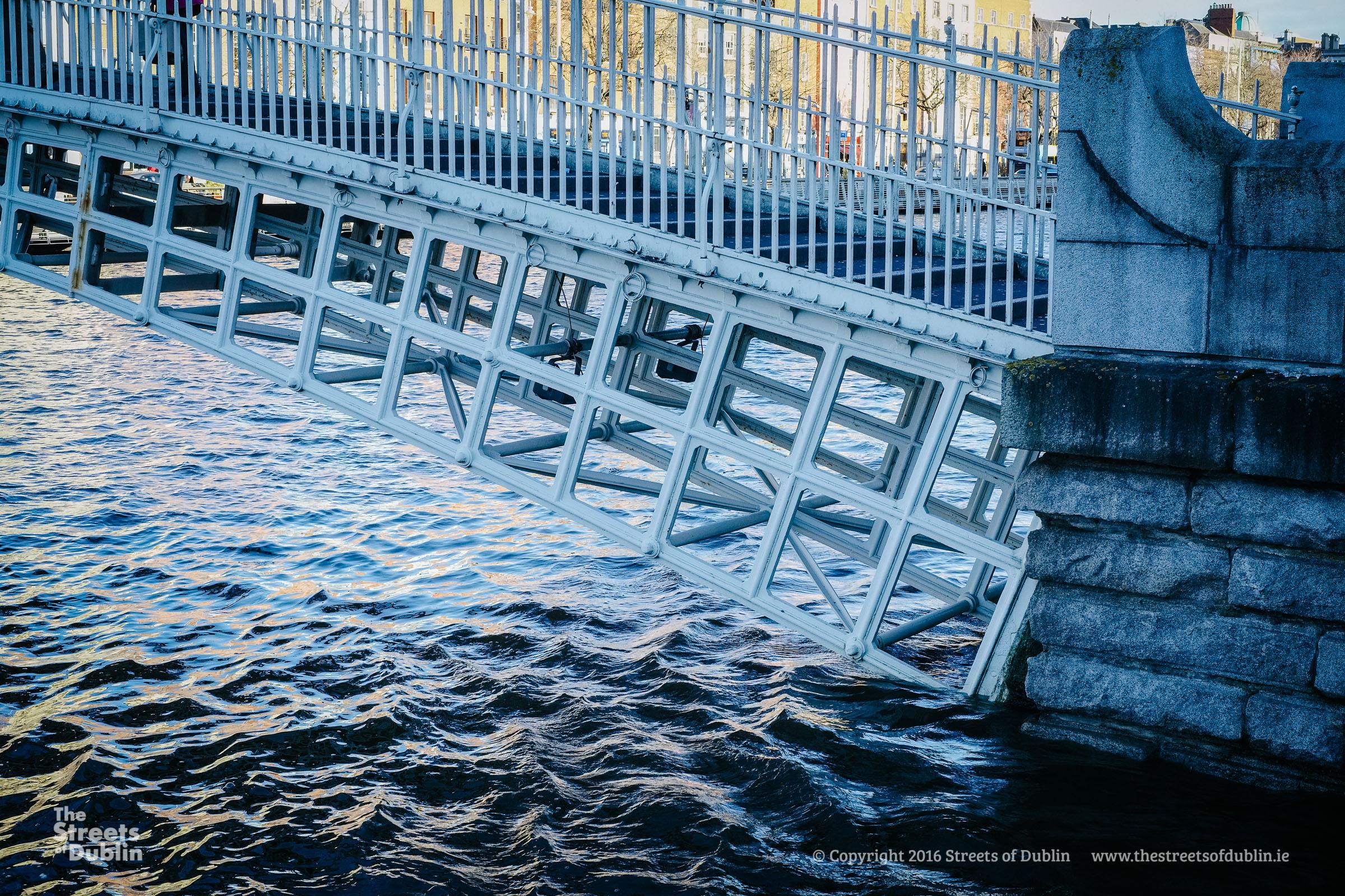 Streets-of-Dublin-Photo-2-158.jpg