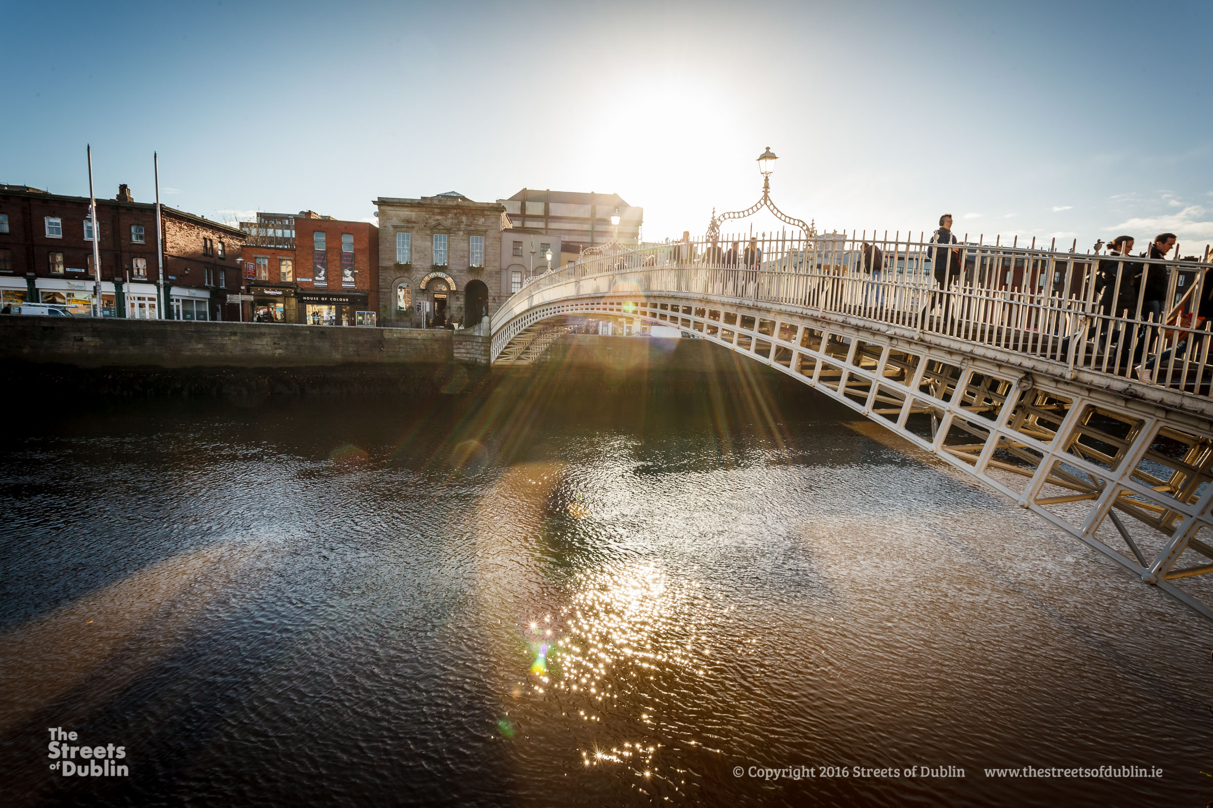 Sunlight on the hapenny bridge