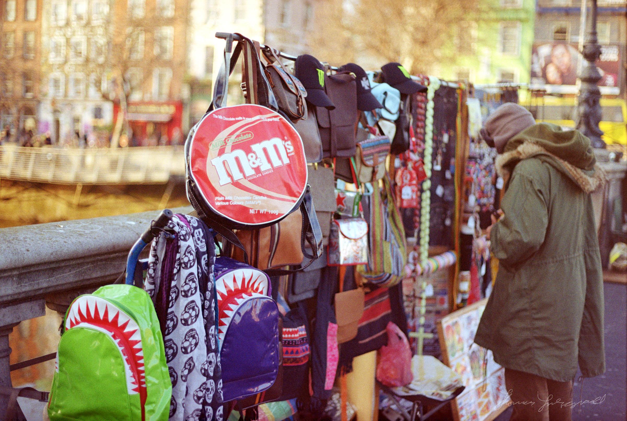 Bag seller on O'Connell Bridge, Dublin, Dublin on Film - Streets of Dublin