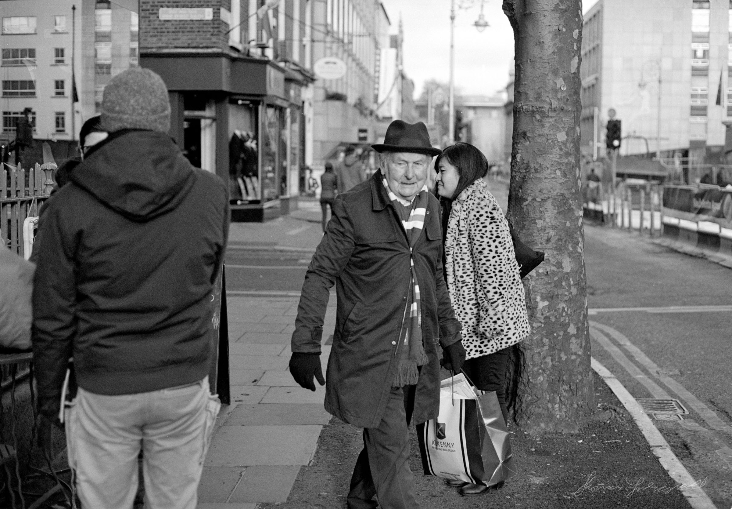 People on Dawson Street - Dublin on Film - The Streets of Dublin