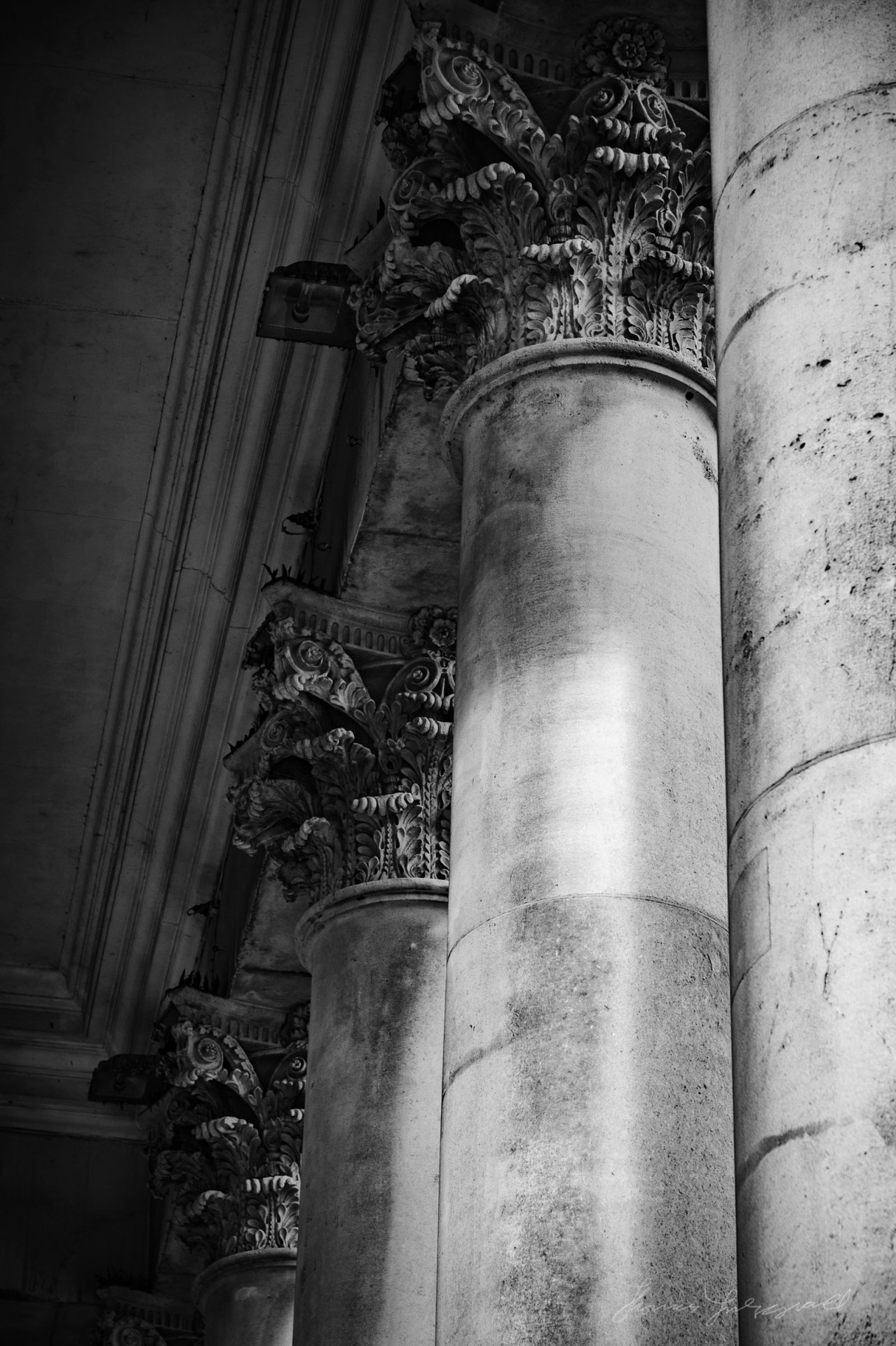 Columns at the Bank of Ireland