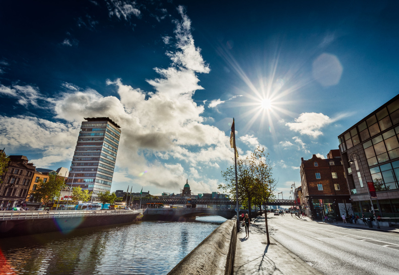 Early Morning Sunshine on the banks of the Liffey!