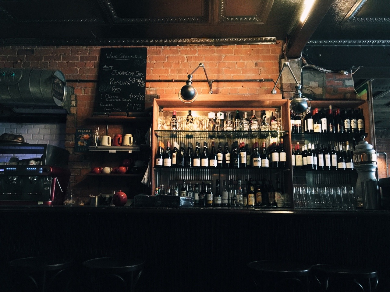 fxgeek :     The bar in L'Gueuleton restaurant on Dublin's Fade Street     (Great food by the way)