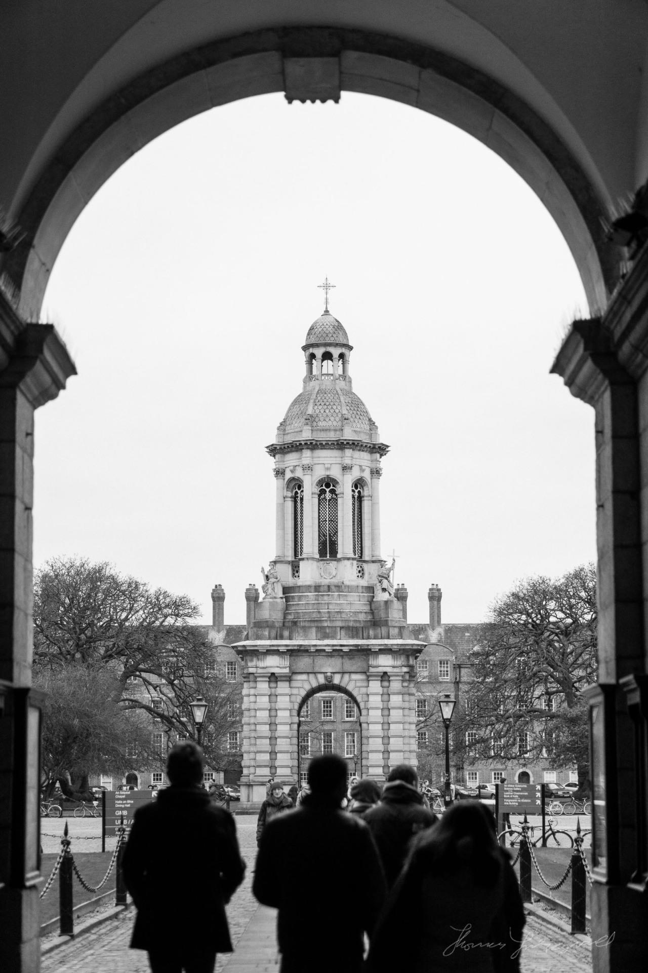 A scene through Trinity College Dublin's famous doorway