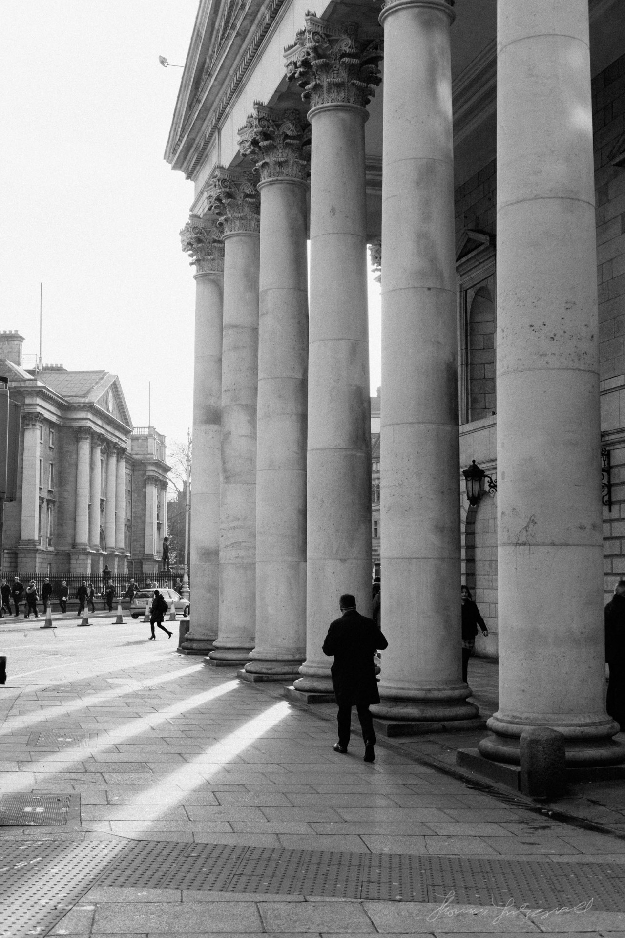 Dublin B&W: Columns and shadows by the Bank of Ireland