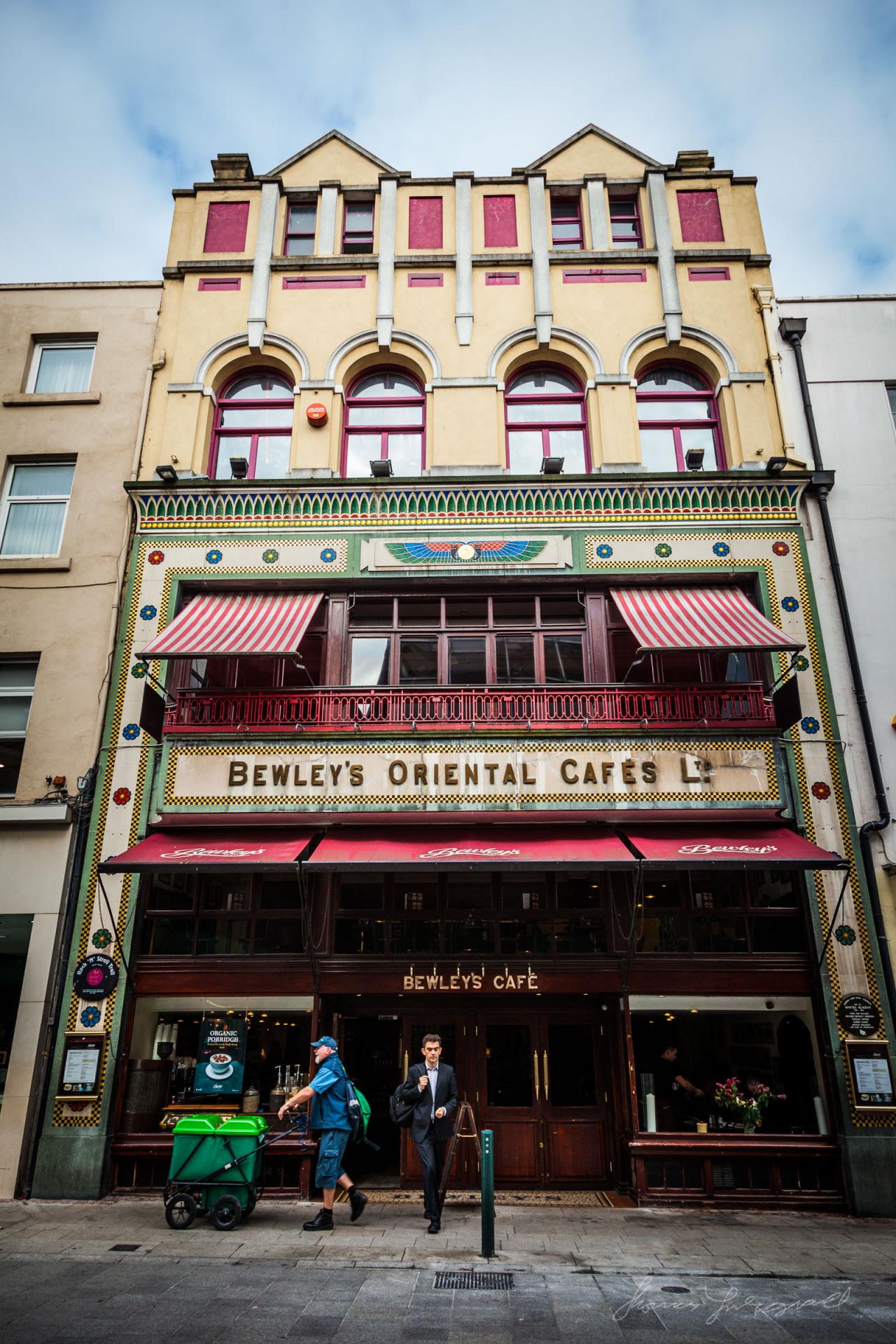 Bewleys cafe