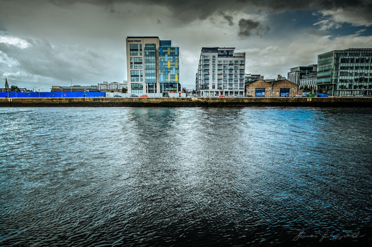 Dark sky over the Quay