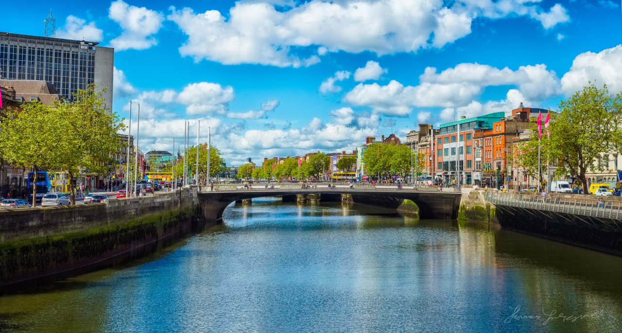 A Sunny day on the Liffey - A Panorama of the river and the new Hackett Bridge
