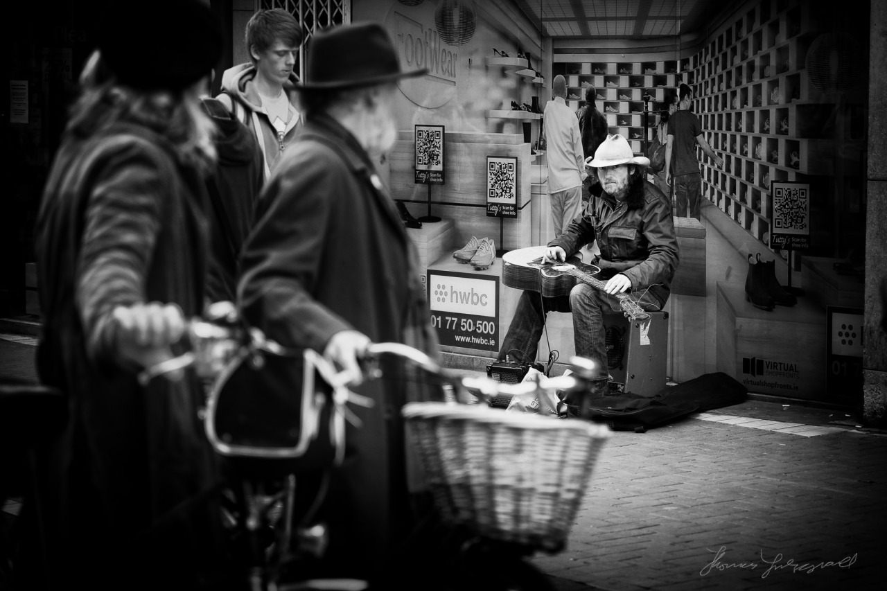 The Stare of the Street Musician