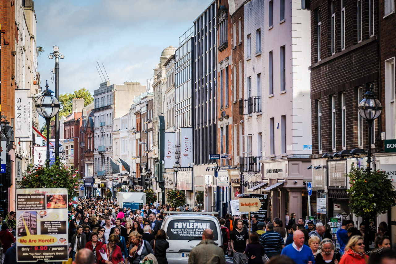 A busy Grafton Street last Autumn