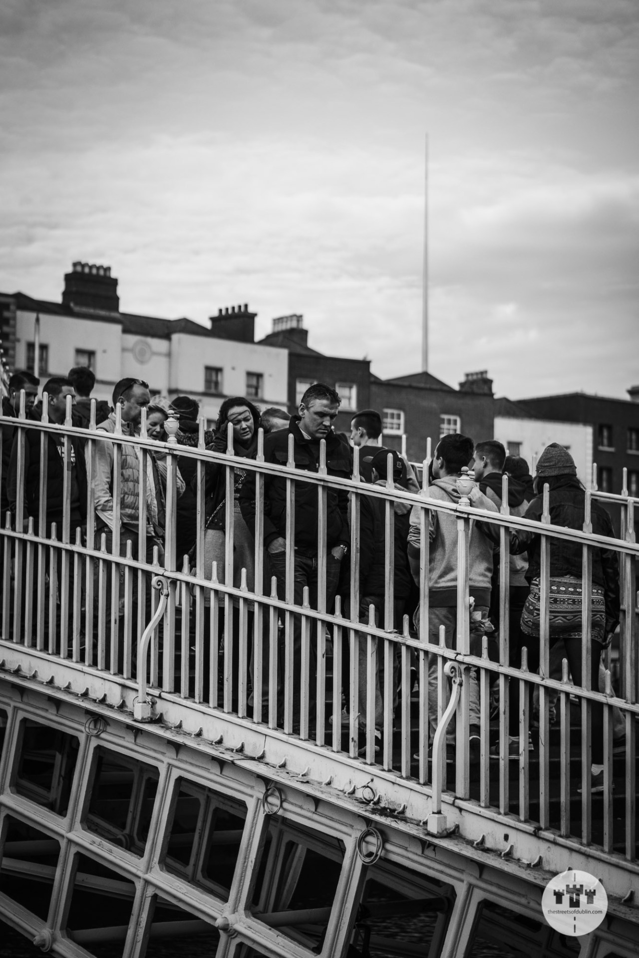 A Packed Crossing of the Ha'Penny Bridge