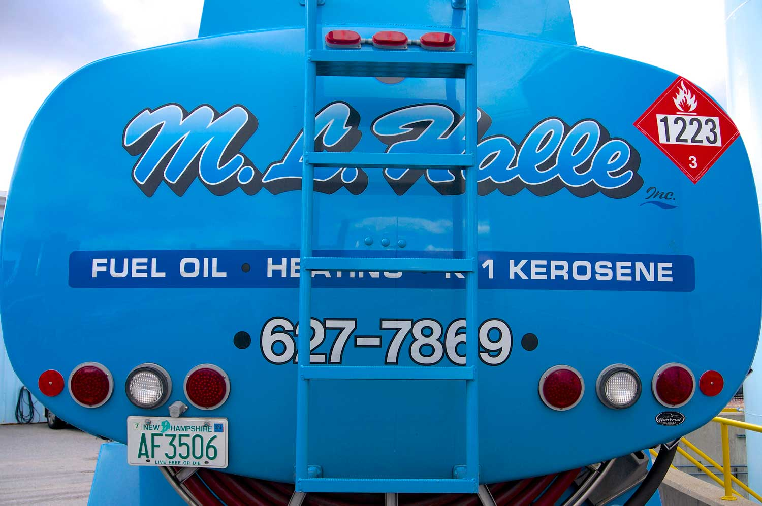 Oil Heat Emergency? Call us 24/7 365 Days a Year at (603) 627-7869