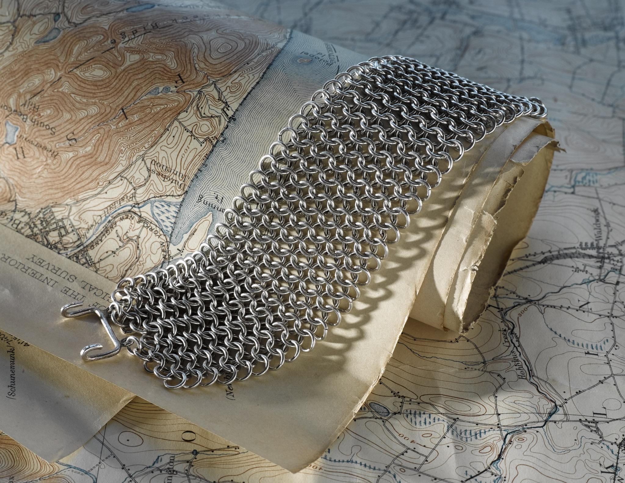Jewelry_Chain_Mail_Bracelet_05.jpg