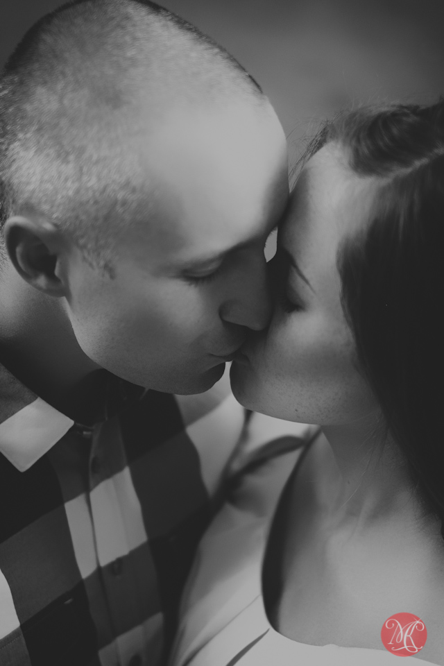 7 kiss love couple portrait engagement edmonton photography