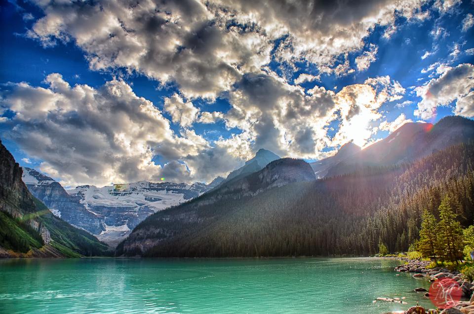 1-canada-alberta-banff-lake-louise-summer-beauty-light-nature-rocky-mountains.jpg