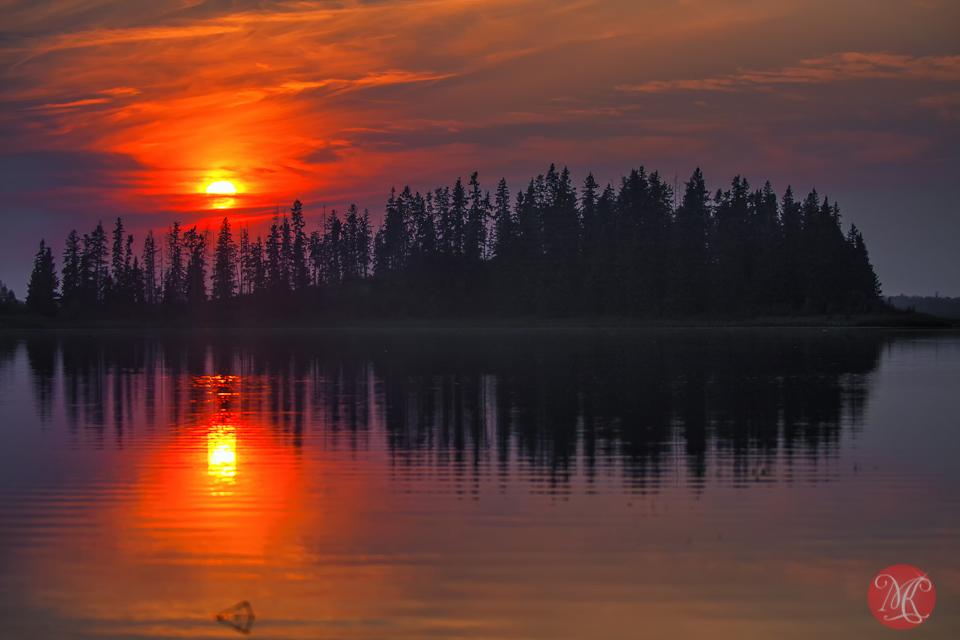 3-summer-sunset-astotin-lake-elk-island-national-park-beauty-nature-landscape.jpg