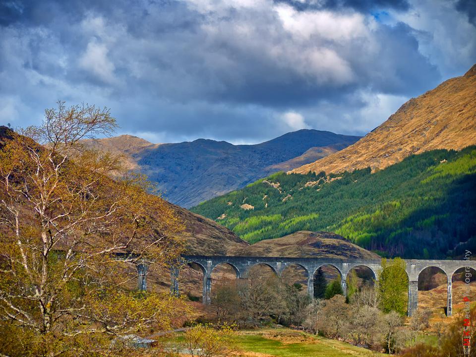 4-scotland-highlands-glenfinnan-mountains-sky-clouds-spring-travel-landscape-nature-viaduct-trees-harry-potter.jpg